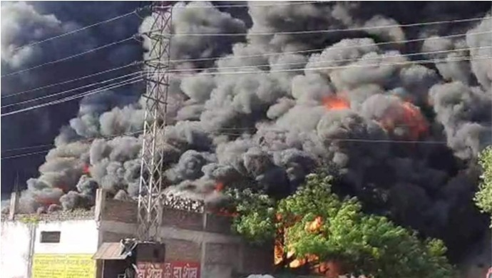 Massive Fire Breaks Out At Chemical Factory In Agra; No Casualties Reported