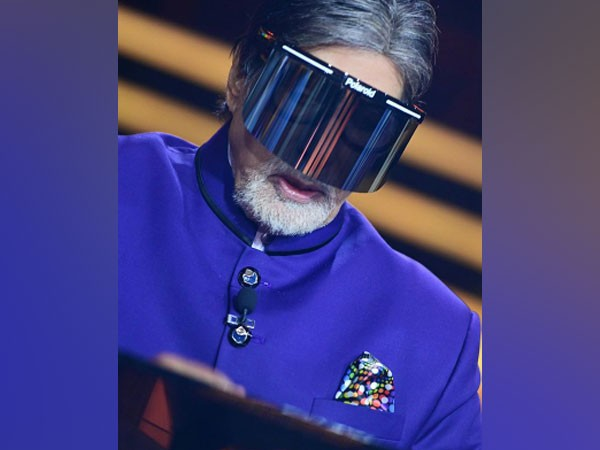 With face shield, Amitabh Bachchan urges people to 'be in protection' as COVID-19 cases soar