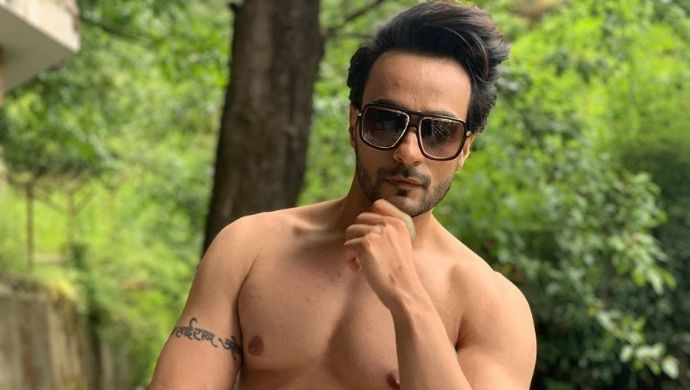 Photos of Tera Rang Chadiya's JD aka Angad Hasija that will make you crave for a vacation