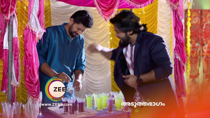 Aravind and Subru spike the drink (source:ZEE5)