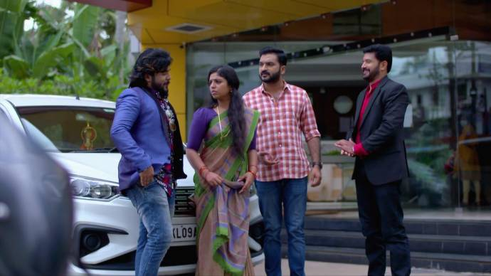Chembarathi 19 September 2020 Written Update: Where is Aravind taking Anand and Kalyani?
