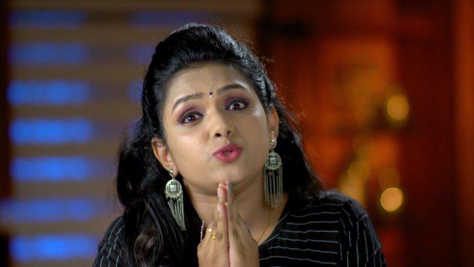 Pookalam Varavayi 05 September 2020 Written Update: Will Avantika retrieve the recording from Samyuktha's phone?