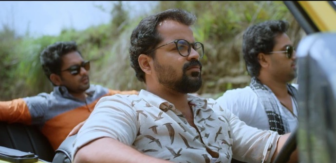 Avarude Raavukal: 4 reasons to watch Asif Ali, Unni Mukundan and Vinay Forrt's unconventional tale of love, loss and struggle!
