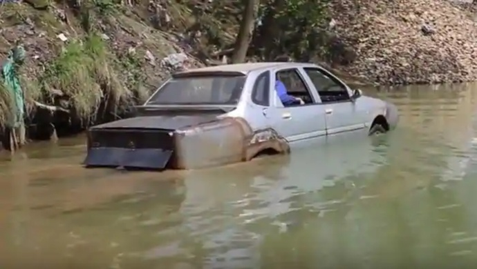 Gujarat Floods: Car Caught In Swirling Water In Morbi