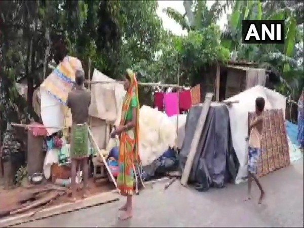 Assam: Locals take refuge in makeshift tents after incessant rains cause flooding in villages