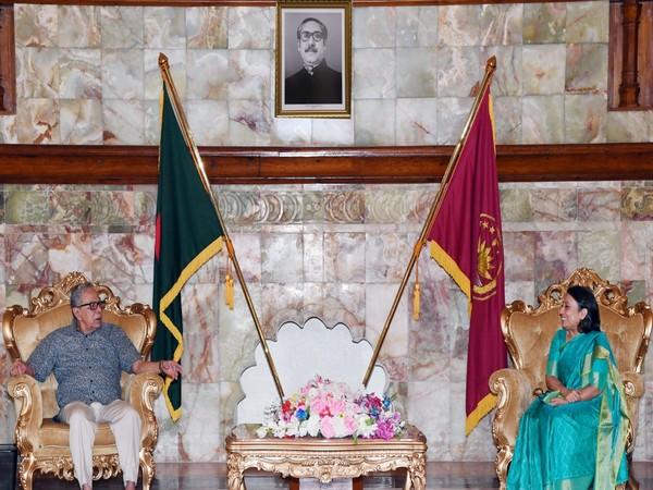 High Commissioner Das makes farewell call on B'desh President Abdul Hamid