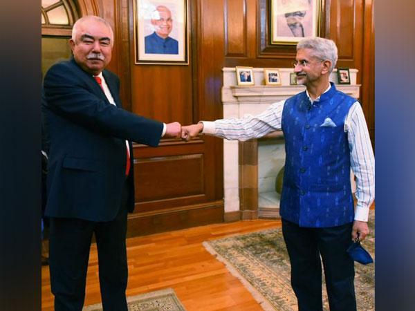 Jaishankar exchanges views on developments in Afghanistan with Dostum