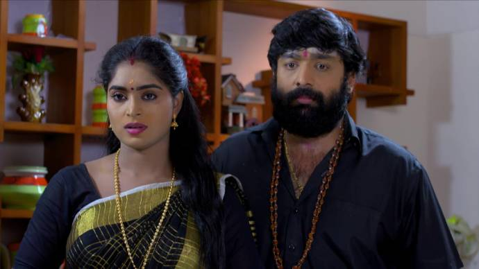Pookalam Varavayi 01 October 2020 Spoiler: Will Harshan's catering order get rejected?