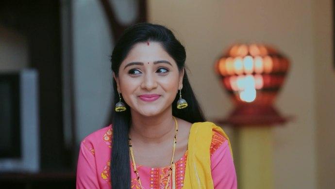 Paaru: Janani Convinces Parvathi To Accompany Adi