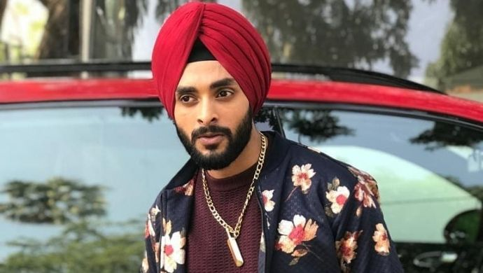Fashion Friday: Be super dapper like Kamli Ishq Di's Deshveer aka Jashn Kohli
