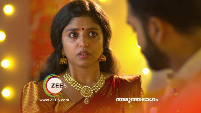 Kalyani gets emotional (Source:ZEE5)