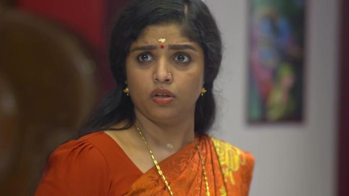 Chembarathi 16 September 2020 Written Update: Why is Krishnan questioning Kalyani?