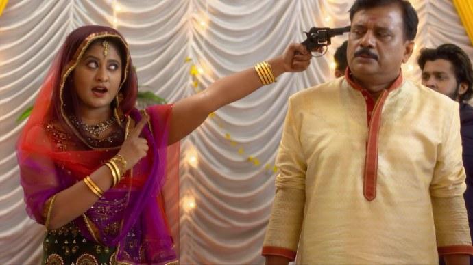 Priyanka threatens to kill Das (Source:ZEE5)