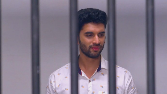 Rishi gets locked up (Source:ZEE5)