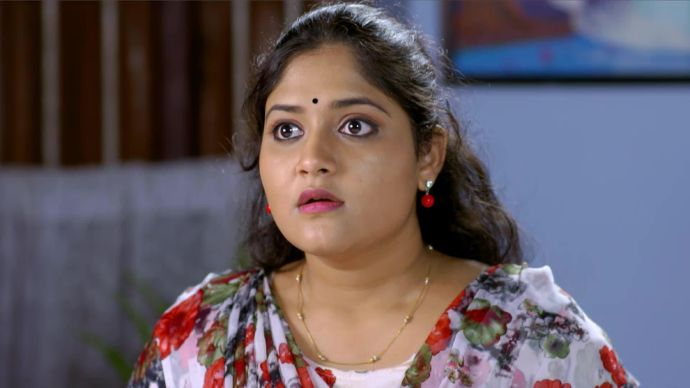 Pookalam Varavayi 03 September 2020 Spoiler: How will Parvathy deal with Sharath?