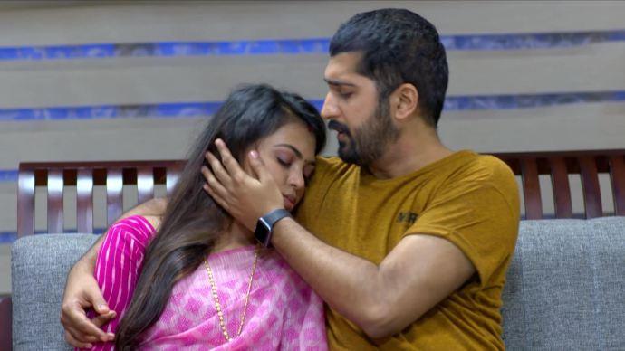 Pookalam Varavayi 16 September 2020 Spoiler: Will Samyuktha regain consciousness?