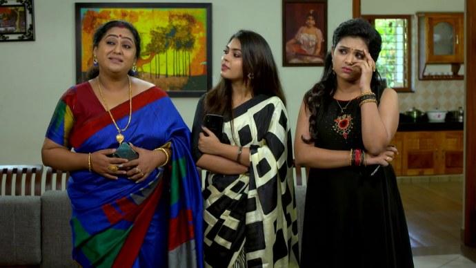Pookalam Varavayi 08 September Spoiler: Why is Abhimanyu defending Sharmilla?