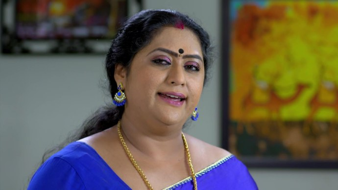 Pookalam Varavayi: Here's proof why Sharmilla is a master in hatching evil plans!