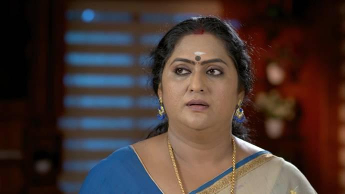 Pookalam Varavayi 09 September 2020 Spoiler: What is Sharmilla planning for Samyuktha?