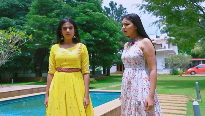 Here's What Neeli Has To Say To Shivani In Naagini 2