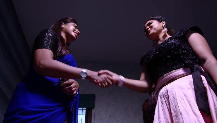 Attarintlo Akka Chellellu 30 September 2020 Written Update: Why did Maya meet Shravani?