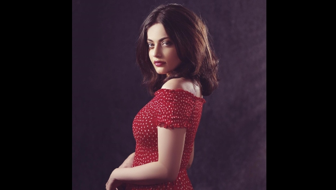 Sneha Ullal from Expiry Date on ZEE5