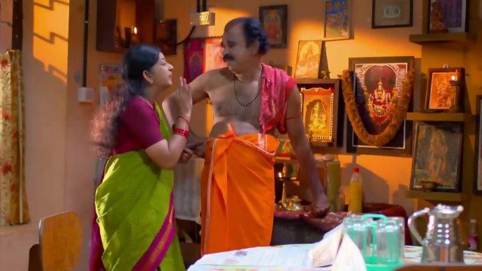 Sudarshan and Sarojam(source:ZEE5)
