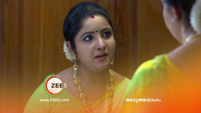 Chembarathi 18 September 2020 Spoiler: Will Akhila use her gun again?
