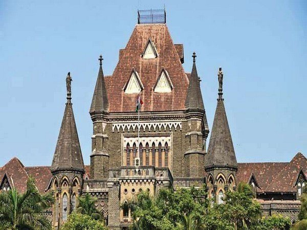 Bombay HC to hear bail applications of Rhea, her brother on Sept 29