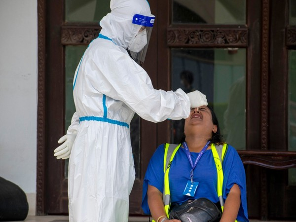 UK records another 6,042 coronavirus cases