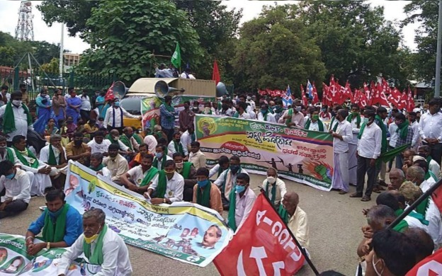 Opposition Party Leaders, Farmers Continue To Protest Against Farm Bills