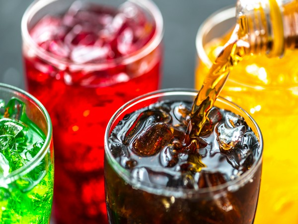 US study reveals heavy consumption of sugary beverages declined from 2003 to 2016