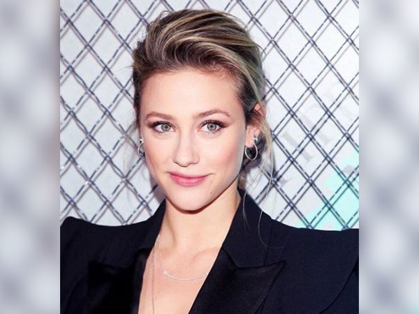 Lili Reinhart shares her 'unpopular opinion' about Jennifer Aniston, Brad Pitt's reunion