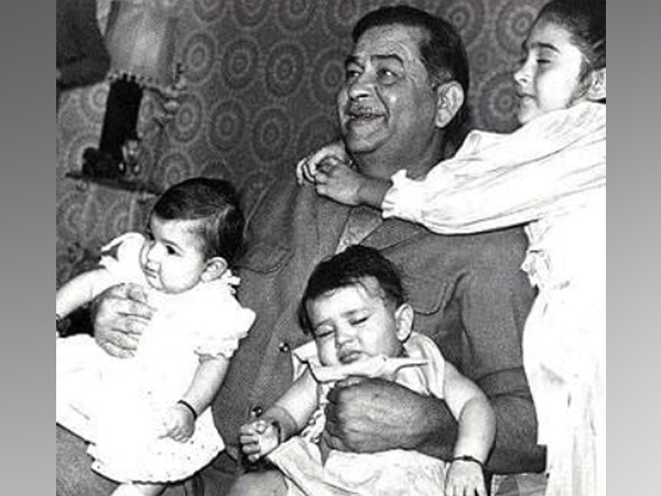 Kareena wishes sister Riddhima on birthday with their childhood picture featuring Raj Kapoor