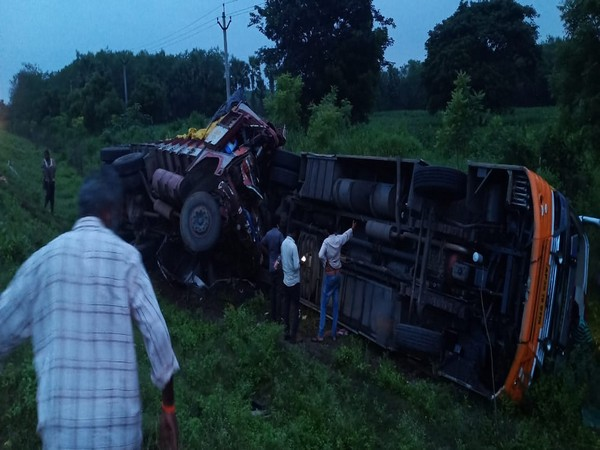 Several injured after lorry-bus collision in Andhra's Krishna