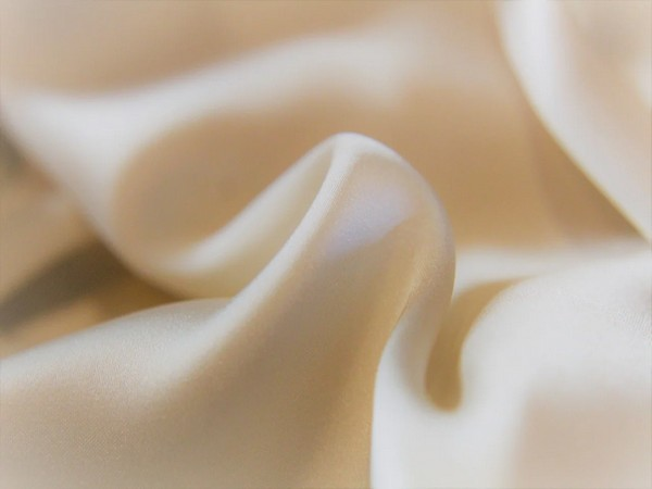 Study finds silk offers homemade solution for COVID-19 prevention