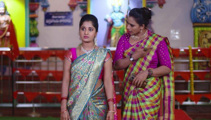 Nithya and Swaroopa in Kalyana Vaibhogam