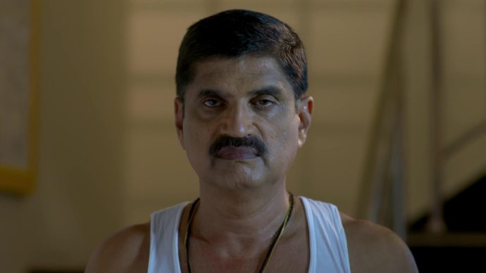 Sudheesh's father scares Sarath (source:ZEE5)