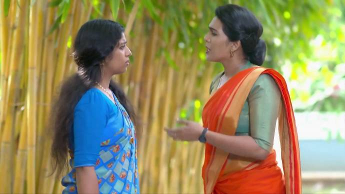 Sujatha demands the truth from Kalyani (source:ZEE5)