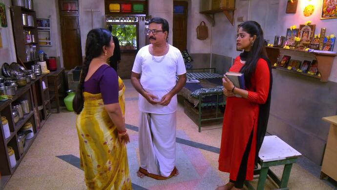 Subbu, Pushpa and Anu in Neethane Enthan Ponvasantham