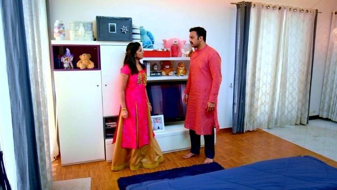 AJ and Hasini in Thirumathi Hitler