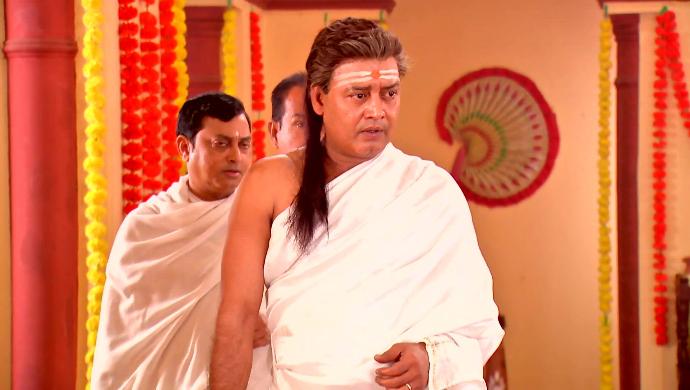 Haran Thakur in Rani Rashmoni