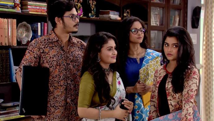 Sandip, Sreetoma, Nipa and Nanda in Mithai