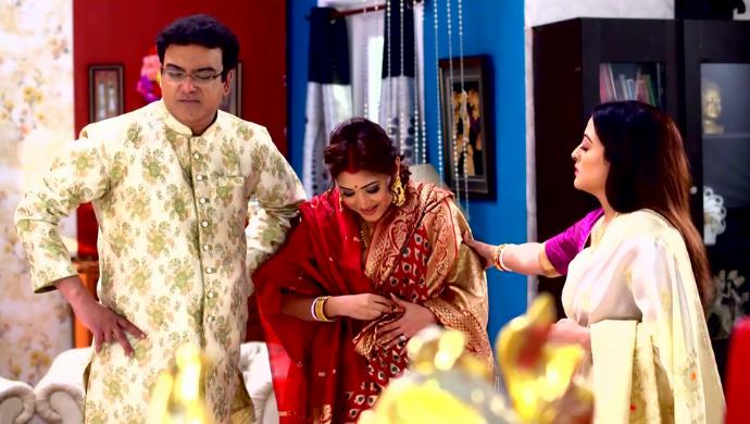 Rik, Koushani and Oishani in Jibon Saathi