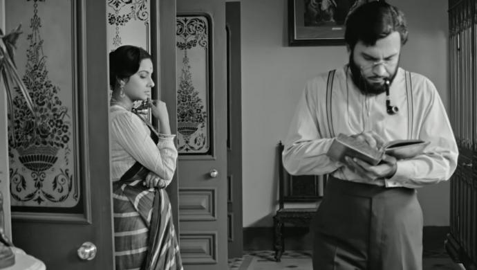 Charu and Bhupathi in Charulata