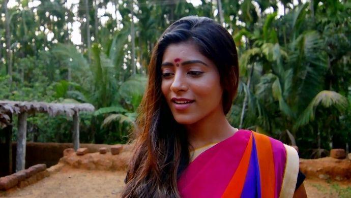 Gayatri in Sita on the Road