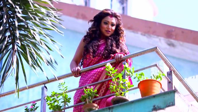 Koushani in Jibon Saathi