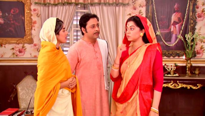 Padma, Ramchandra and Rani Maa in Rani Rashmoni