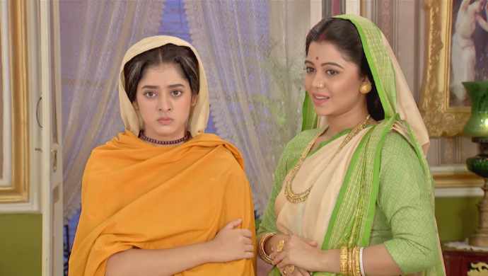 Rani Maa and Padma in Rani Rashmoni