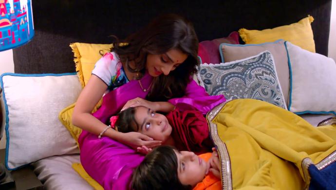 Roli, Rishi and Shubhra in Kyun Rishton Me Katti Batti